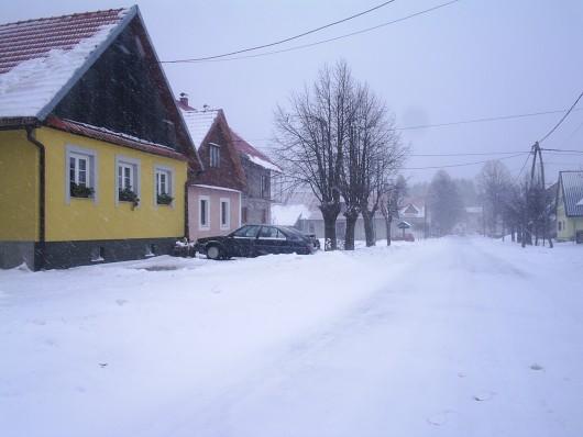 Jak vjetar, snijeg i hladno – OPREZ