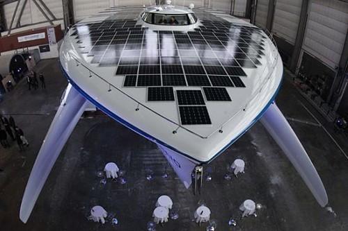 Gotov je najveći solarni brod na svijetu