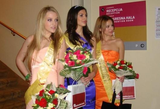 Ovogodišnja Miss Primorsko-goranske županije je Ivana Ljutić