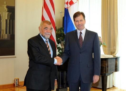 Foley: Program premijerke Kosor povijesna je prekretnica