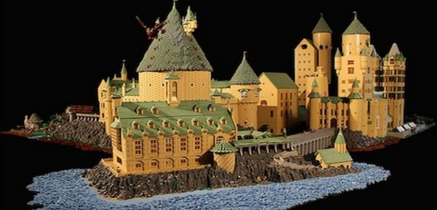 Hogwarts napravljen od Lego kockica
