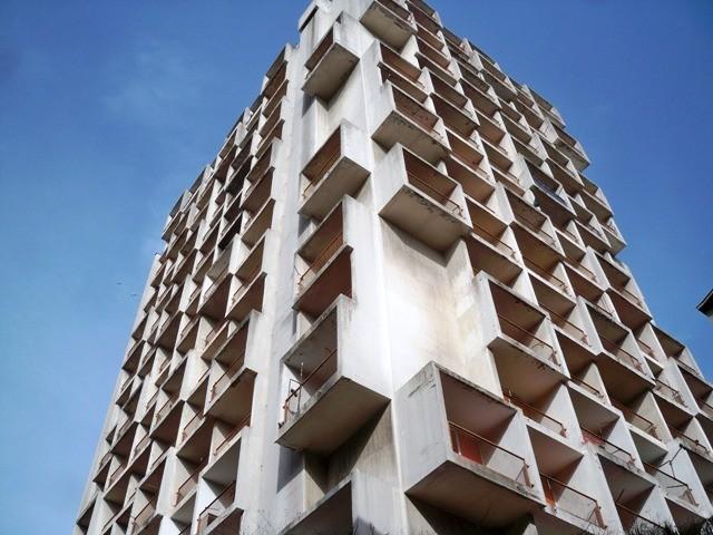 Novi šok u Rijeci, zgrada od 15 katova propada