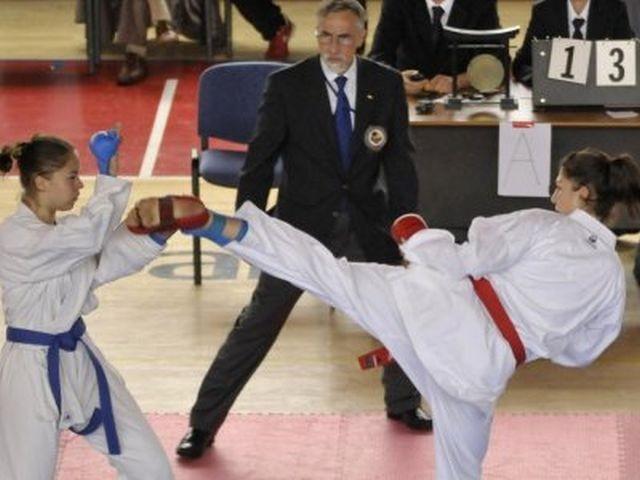 Ženska karate reperezentacija osvojila ekipni europski naslov!