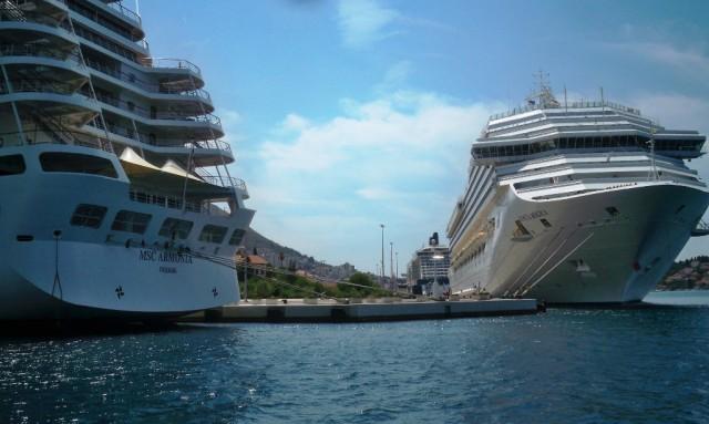 Rekordan broj turista s kruzera u Dubrovniku