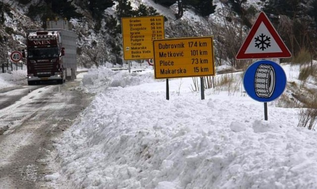 Snijeg u zaleđu Dalmacije