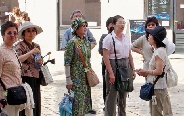 Po svijetu putuje gotovo 100 milijuna Kineza