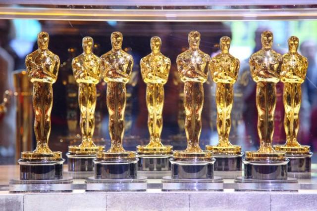 Oscara za najboli film dobila Zelena knjiga (Green Book)