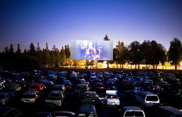 Ponovno je organizirano Drive-in kino u Zagrebu