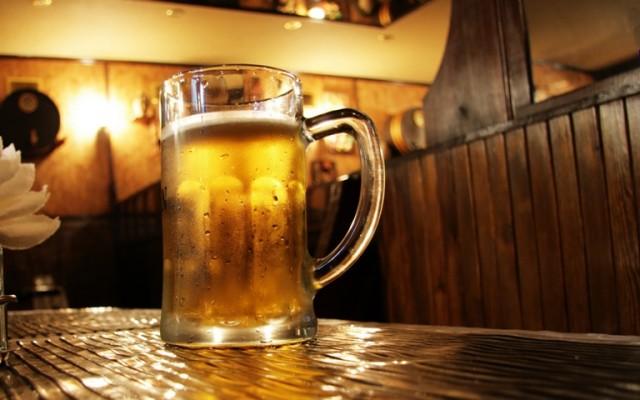 U centru Praga zabranjeno piti alkohol na javnom prostoru