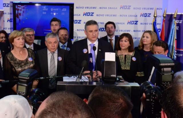 Hrvati vole HDZ i SDP