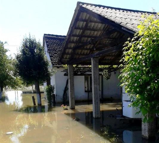 Vlada s izvanredne sjednice obećala: Obnovit ćemo sve kuće