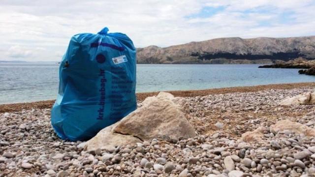 Na Krku je počela ekološka akcija BlueBag / Plava vreća.