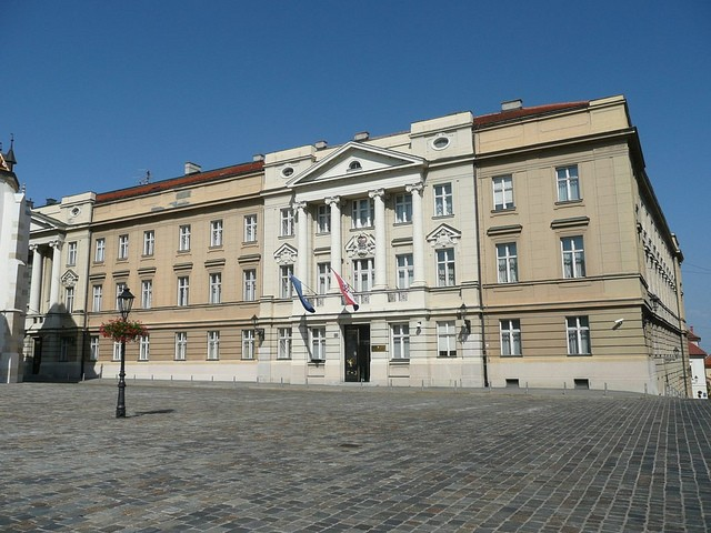 Hrvatski državni vrh ne reagiara energično u obrani Hrvatske