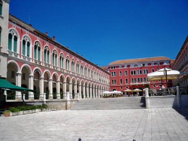 Velika kompanija dolazi u Split
