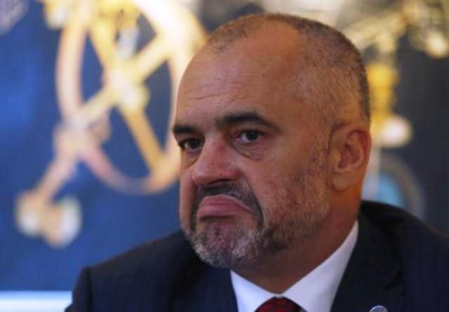 """Albanski premijer """"otuširao"""" Srbe u sred Beograda"""