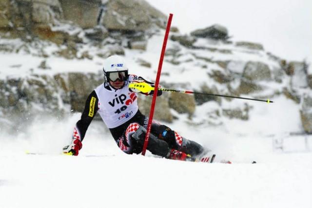 Austrijanac Hirscher slavio u Alta Badiji, Zubčić 25.