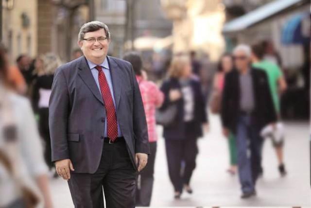 Obersnel očajnički poziva Riječane da glasuju protiv Riječanke