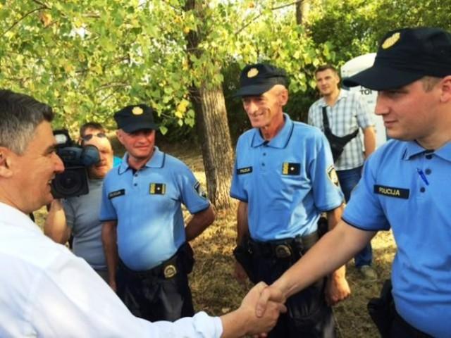 Predsjednik Vlade Milanović obišao prihvatni centar u Belom Manastiru