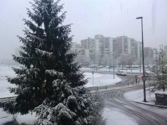 Počelo je! Snijeg i u Karlovcu!