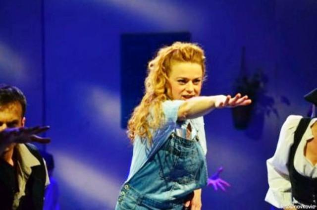 """Više od 3000 ljudi uživalo u mjuziklu """"Mamma Mia"""" u Zadru"""
