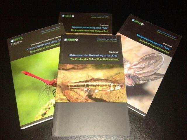 Nacionalni park Krka daruje knjige školskim knjižnicama
