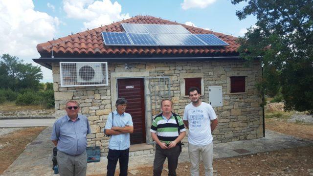 Recepcija NP Krka sa solarnim pločama