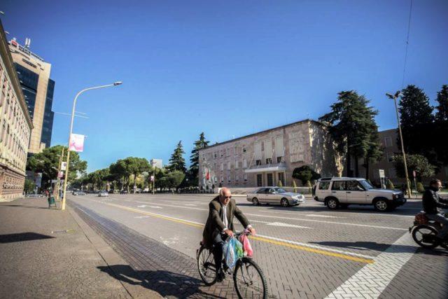"""Oscar Piljek : """" u Albaniji se raspala kompiću bicikla"""""""