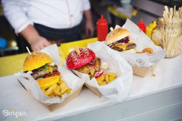 Zagreb burger festival došao je do pola puta ali atmosfera se tek zagrijava.