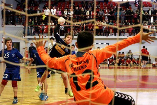 Međunarodni uskršnji turnir u mini rukometu na Čavlima