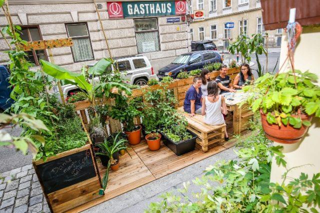 Beč potiče gradnju zelenih oaza na ulicama