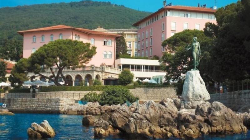 Povratak Dore u Opatiju razveselio turističke djelatnike