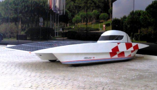 U Osijeku je predstavljen solarni automobil