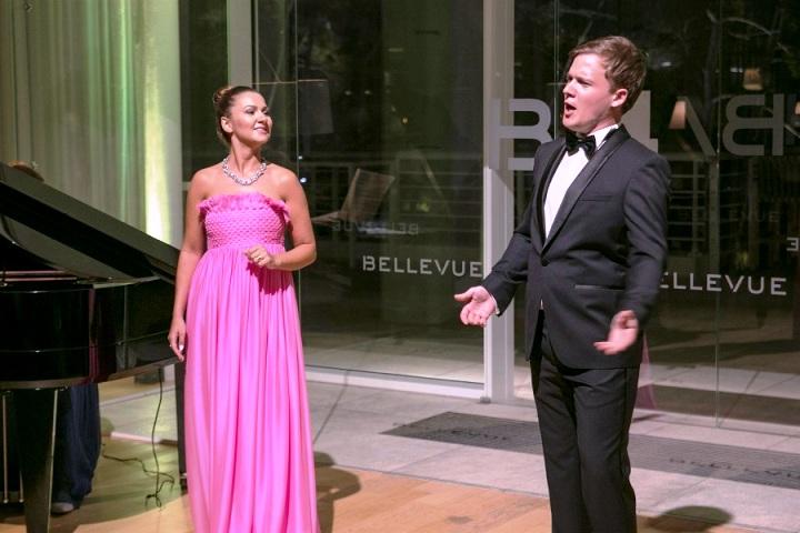 Rasprodani koncert za pamćenje Lane Kos i Leona Košavić u hotelu Bellevue