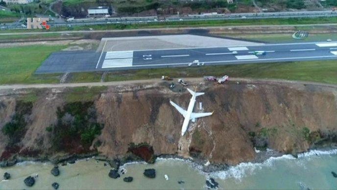 Zrakoplov otklizao s piste, nema ozlijeđenih!