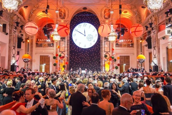 Svi na ples – Započela bečka sezona balova