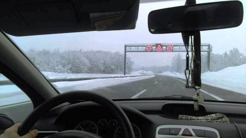 Na Sljemenu pada snijeg, zimski uvjeti u Gorkom Kotaru