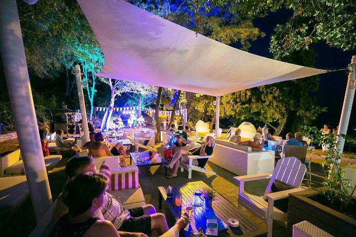 Drugo izdanje Rabac Open Air festivala dovodi nova glazbena imena i još više sadržaja