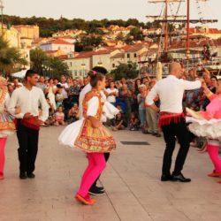 Plesom i pjesmom Lošinjani obilježili Svjetski Dan glazbe