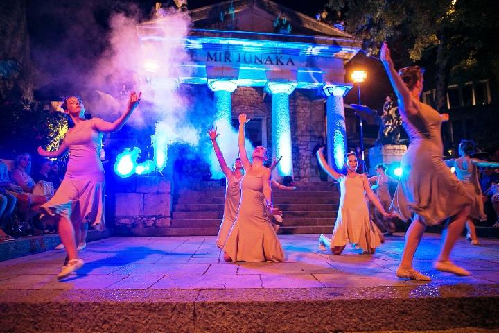 Ri Dance će plesnim pokretima posjetitelje Trsatske Gradine odvesti u svijet mašte