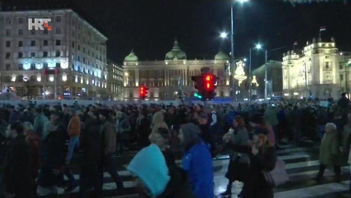 Raste otpor građana Srbije protiv Vučića
