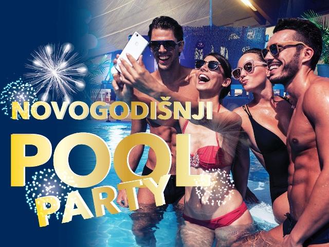 Svi na doček Nove godine u kupaćem kostimu!