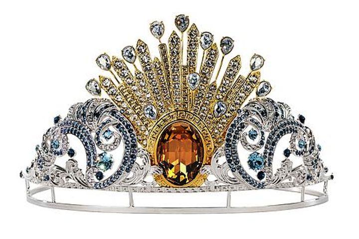 Bečki Operni bal u znaku Versace dizajna