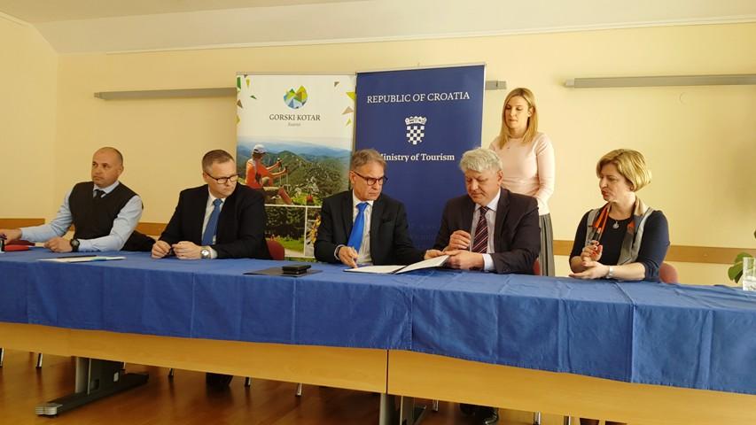"Potpisan Sporazum o suradnji na kreiranju, razvoju i promociji turističkog branda regije ""Gorski kotar"""