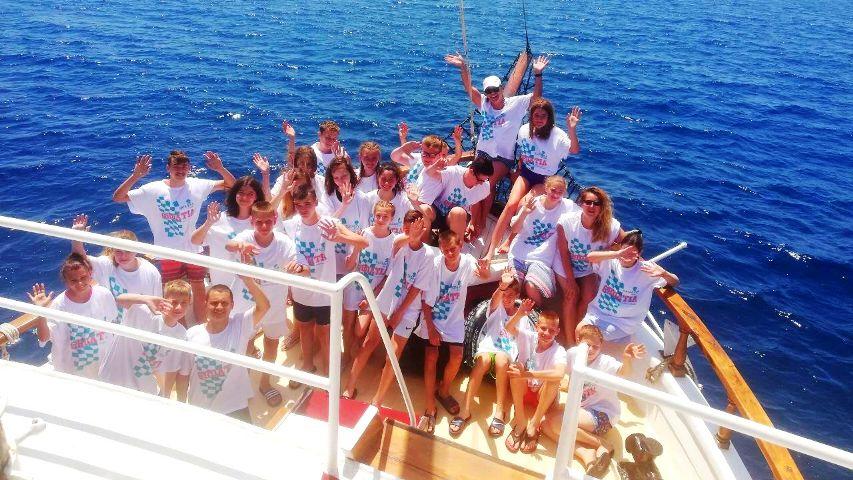 Najbolji učenici viših razreda osnovnih škola u Vukovaru nagrađeni krstarenjem od 7 dana.