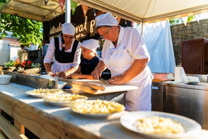 Svečano otvoren 6. Istarski festival pašte u Žminju