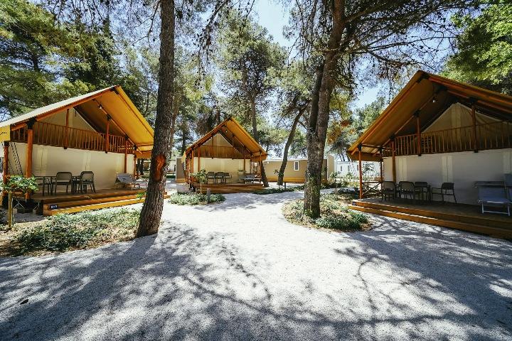 Otvoren prvi kamp s pet zvjezdica u Dalmaciji