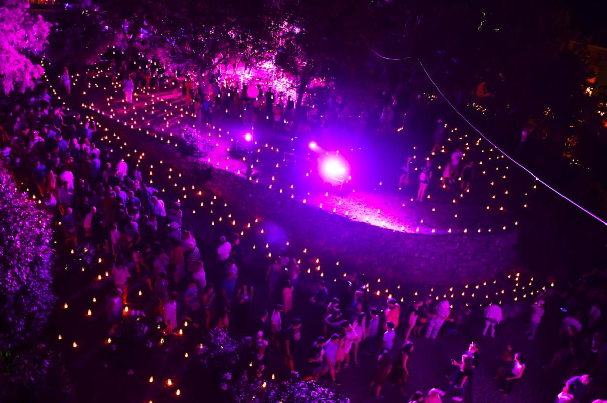 5000 svijeća i još više posjetitelja na spektakularnom otvaranju 14. Ljeta na Gradini!