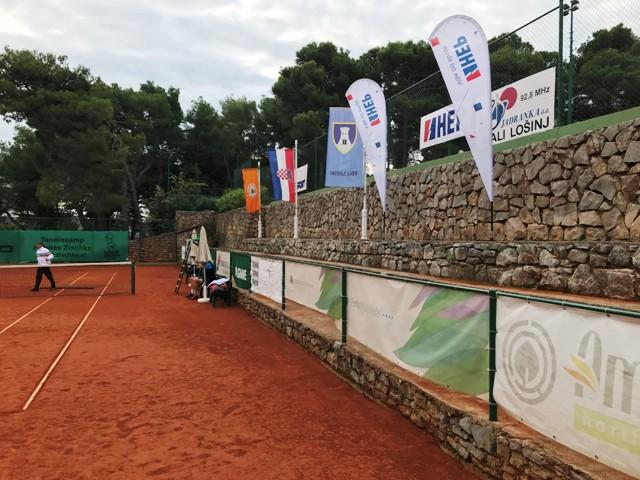 Na Lošinju počelo Svjetsko prvenstvo novinara tenisača