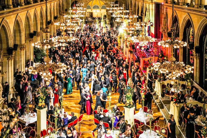 Tradicija je IN! – Beč otvara svečanu balsku sezonu