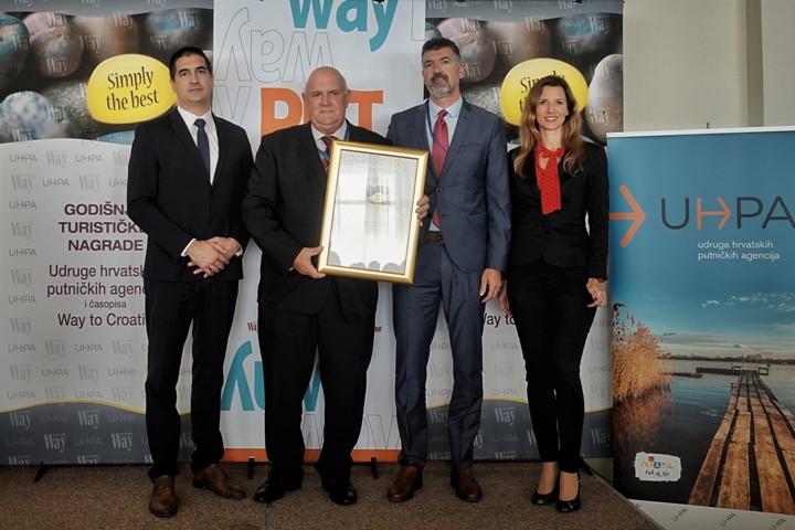 """Interpretacijskom centru pomorske baštine Logeru """"Nerezinac"""" nagrada Simply the best"""